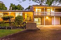 Lot sizes may be shrinking but it is still possible to get an acre close to Brisbane City