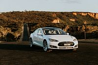Australia's First 100 Per Cent Electric Car-Sharing Company Evee Is Like Airbnb for Teslas
