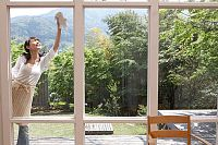 How to clean windows This is how to get your windows gleaming